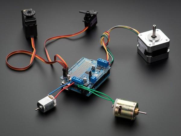 Adafruit Motor/Stepper/Servo Shield für Arduino v2 Kit - v2.3