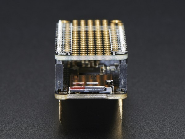featherwing-proto-prototyping-add-on-for-all-feather-boards-07_600x600.jpg