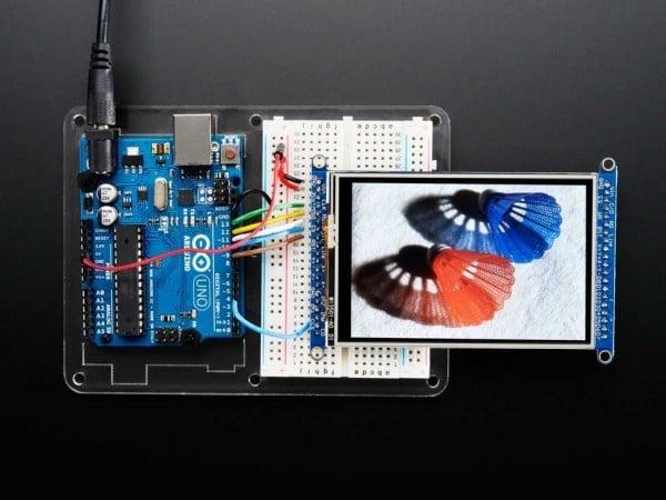 adafruit-320-480-tft-touchscreen-breakout-board-microsd-socket-04_600x600.jpg