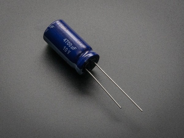 4700uF 10v Electrolytic Capacitor