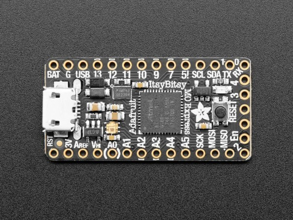 adafruit_itsybits_m0_express_circuit_python_02_600x600.jpg