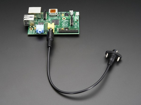 panel-mount-rca-cable-01_600x600.jpg