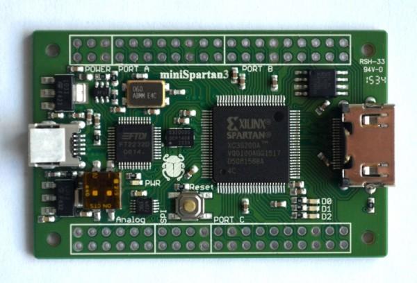 miniSpartan3 XC3A200 FPGA