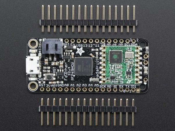 adafruit-feather-32u4-rfm69hcw-packet-radio-868-915-mhz-02_600x600.jpg